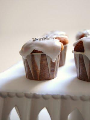 lavender cupcakes  1